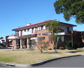 Hotel Oaks - Accommodation Broken Hill