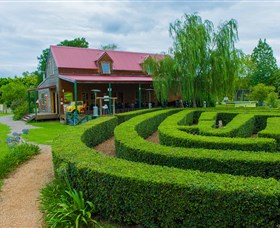 Amazement Farm and Fun Park / Cafe and Farmstay Accommodation - Accommodation Broken Hill