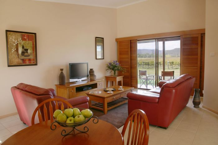 Nightingale Wines Luxury Villas - Accommodation Broken Hill
