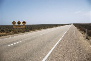 Eyre Highway - Accommodation Broken Hill