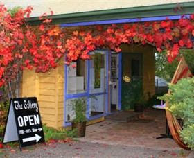 Macedon Ranges Arts Collective - Accommodation Broken Hill