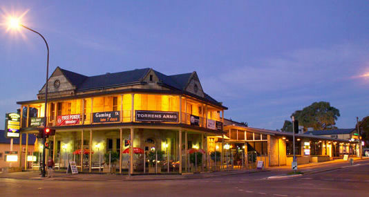 Torrens Arms Hotel - Accommodation Broken Hill