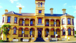 The Queenscliff Historic Royal Hotel - Accommodation Broken Hill