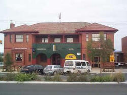 Commercial Hotel Hayfield - Accommodation Broken Hill
