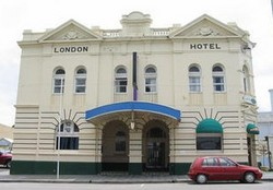 The London Hotel - Accommodation Broken Hill