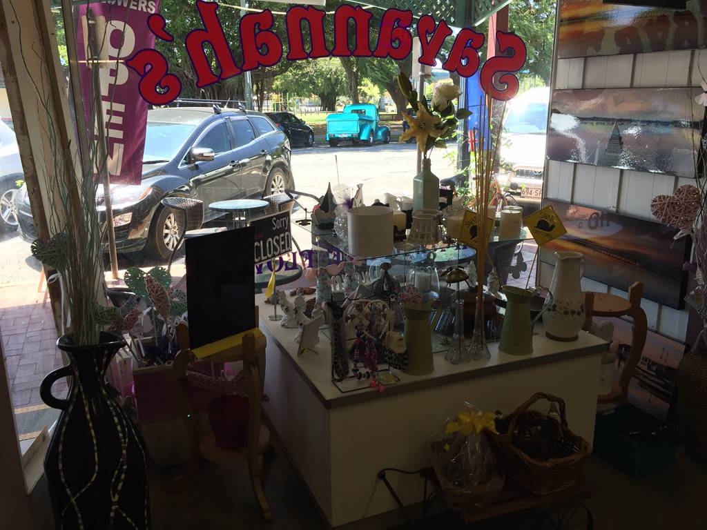 Savannahs Gifts Cafe  Flowers - Accommodation Broken Hill