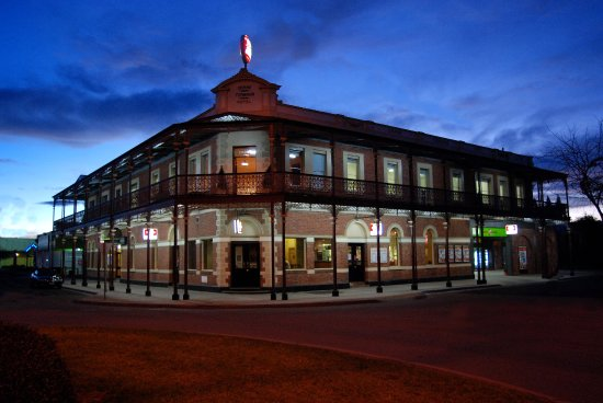 The Grand Terminus Hotel - Accommodation Broken Hill