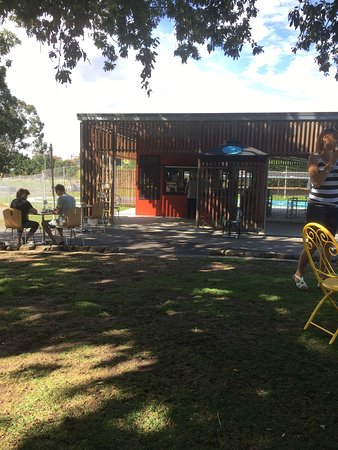 Gardens Lake Cafe - Accommodation Broken Hill