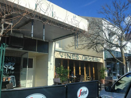 Vines Cafe & Bar