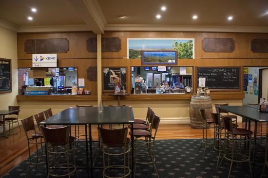 Dining Room at Exchange Hotel Foster - Accommodation Broken Hill