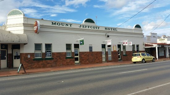 Mount Jeffcott Hotel - Accommodation Broken Hill