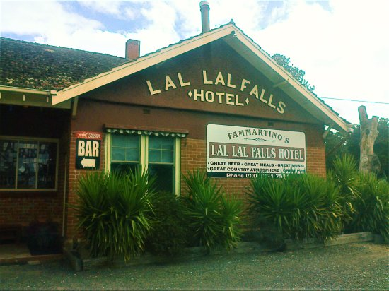 Lal Lal Falls Hotel - Accommodation Broken Hill