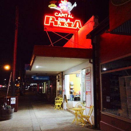 Capital Dial-A-Pizza - Accommodation Broken Hill