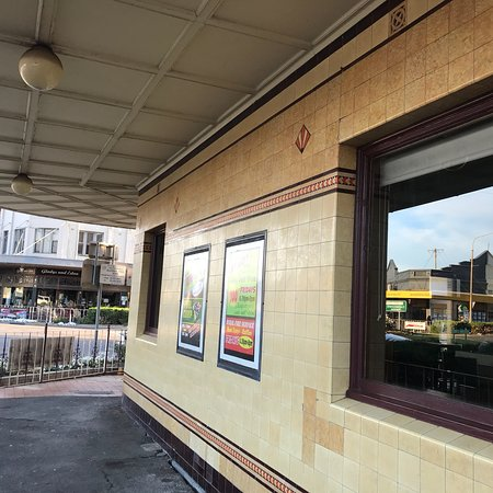 Commercial Hotel Bistro - Accommodation Broken Hill