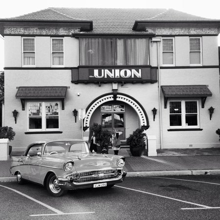 The Union Bar Inverell - Accommodation Broken Hill