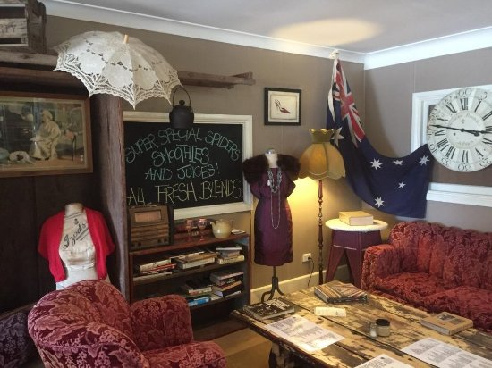 Aussie Outback Wares and Cafe - Accommodation Broken Hill