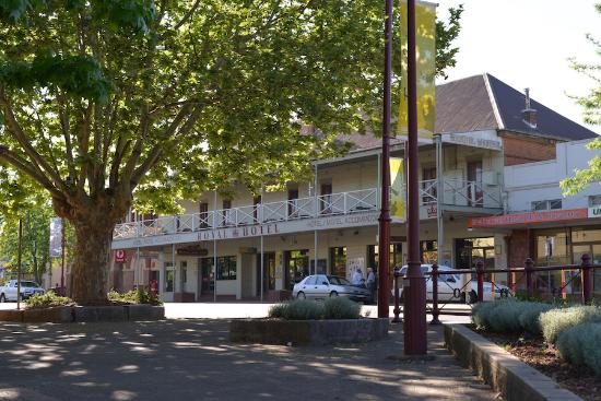 Royal Hotel Restaurant - Accommodation Broken Hill