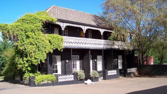 Top Pub Uralla - Accommodation Broken Hill