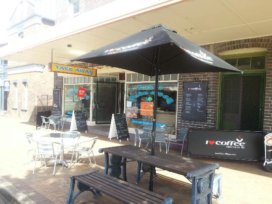 Tuck in Takeaway - Accommodation Broken Hill