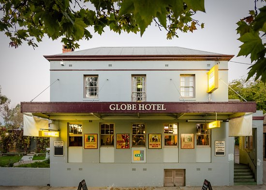 The Globe Hotel Restaurant - Accommodation Broken Hill