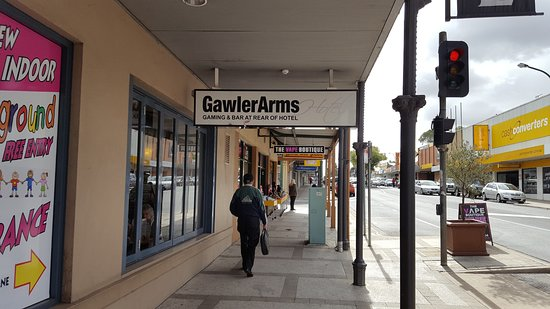 Gawler Arms Hotel - Accommodation Broken Hill