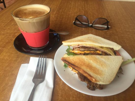 Bossimi's Bakehouse  Cafe - Accommodation Broken Hill