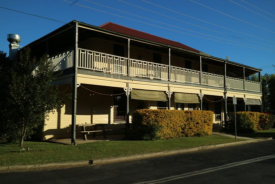Brushgrove Hotel - Accommodation Broken Hill