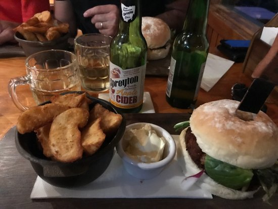 Peppers Cradle Mountain Lodge Tavern Bar  Bistro - Accommodation Broken Hill
