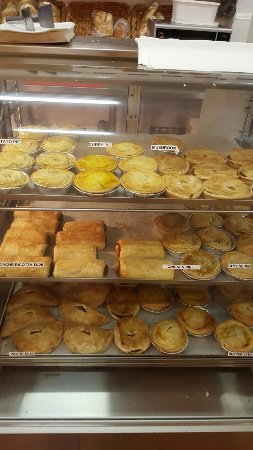 Halls Creek Bakery
