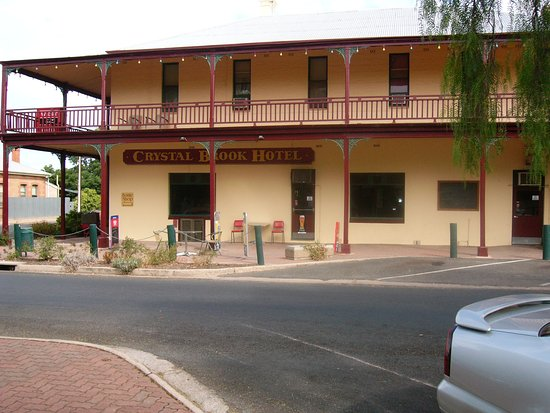 Crystal Brook Hotel