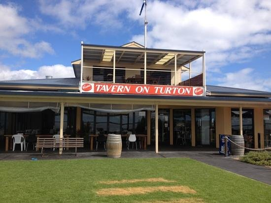 Tavern on Turton - Accommodation Broken Hill