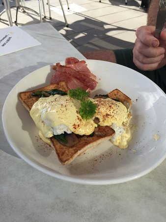 The Coffee Club Yeppoon Esplanade - Accommodation Broken Hill