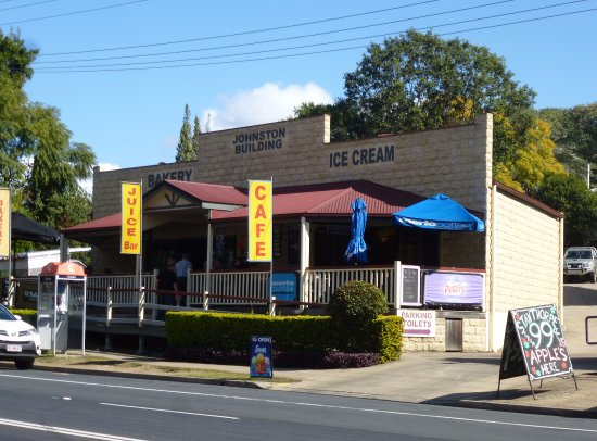 Aratula Cafe and Ice Creamery