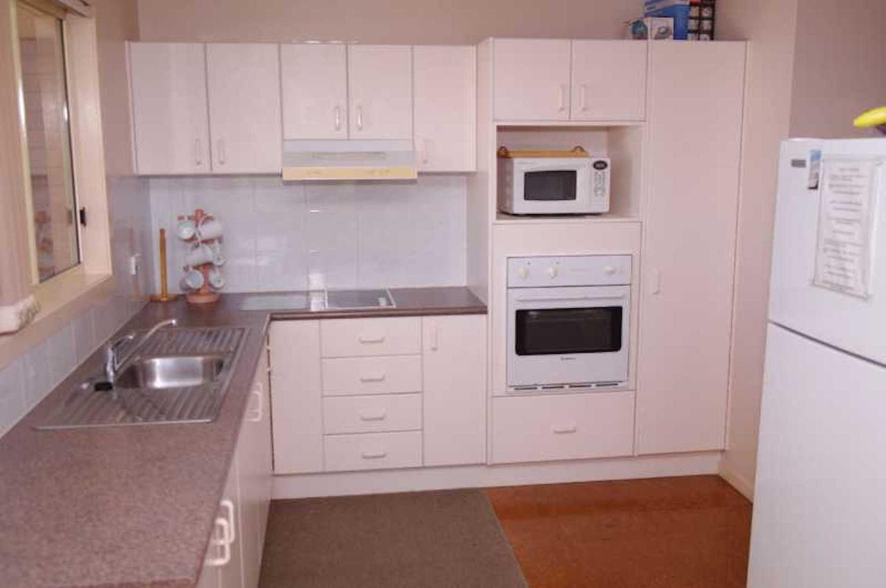 Bellhaven 2 17 Willow Street - Accommodation Broken Hill