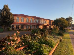 Heritage Motor Inn Goulburn - Accommodation Broken Hill