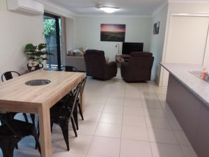 Waratah and Wattle Apartments - Accommodation Broken Hill